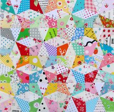 Red Pepper Quilts: Kaleidoscope Block and Free Foundation Paper Piecing Pattern. this would be a perfect scrap-busting quilt project! Paper Piecing Patterns, Quilt Block Patterns, Pattern Blocks, Quilt Blocks, Star Patterns, Quilting Tips, Quilting Tutorials, Quilting Projects, Quilting Designs