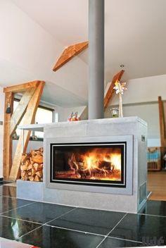 Doorkijkhaard Décor Plus met liftdeur van Jidé - Product in beeld - - Startpagina voor sfeerverwarmnings ideeën   UW-haard.nl Stove, Home And Garden, Home Appliances, Trap, Wood, Spaces, Home Decor, Trendy Tree, House Appliances