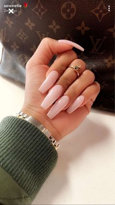 The latest ideas for acrylic nail designs are so perfect for fall! - Diy Nagel - The latest ideas for acrylic nail designs are so perfect for fall! Best Acrylic Nails, Acrylic Nail Designs, Light Pink Acrylic Nails, Pastel Nails, Clear Acrylic, Gorgeous Nails, Pretty Nails, Coffin Nails, Gel Nails