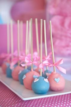 Hostess with the Mostess® - Vintage Hot Air Balloon Baby Shower