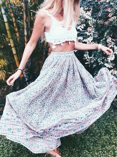 perfect summer outfit for the beach or a festival