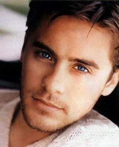 Jared Leto throwback, errr 1995... I miss his tanned skin! Lord have mercy, this boy is fine!