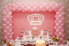 44 ideas birthday cake girl pink and gold princess party Birthday Party Punches, 70th Birthday Parties, Birthday Party Outfits, Frozen Birthday Party, Birthday Balloons, Cake Birthday, Dance Party Decorations, Diy Birthday Decorations, Pink Gold Party