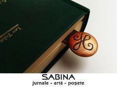 "Semn de carte lemn pictat, simbol celtic ""un nou inceput"""