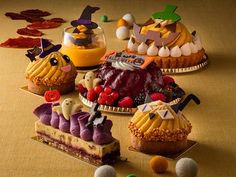Halloween Sweets, Halloween Food For Party, Halloween Cookies, Kawaii Halloween, Fall Recipes, Holiday Recipes, Japanese Cake, Bakery Packaging, Beautiful Desserts