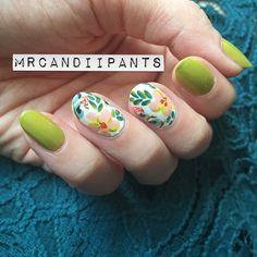 floral nails via mrcandiipants