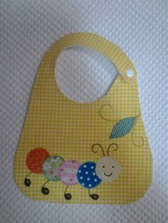 New Crochet Patterns Baby Bibs 17 Ideas Baby Bibs Patterns, Applique Patterns, Sewing Patterns, Crochet Patterns, Baby Sewing Projects, Sewing For Kids, Crochet Projects, Bib Pattern, Quilt Baby