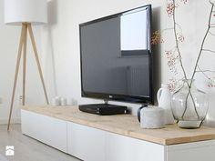 Biała szafka / kredens pod telewizor - zdjęcie od cleo-inspire