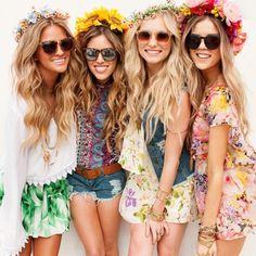 40 Coachella Festival Fashion Outfits to Live the Boho Spirit