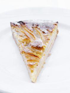 Leonardo Pacenti van restaurant Toscanini: 'Deze torta di pere e mandorle(peren-amandeltaart) is boerig lekker!'