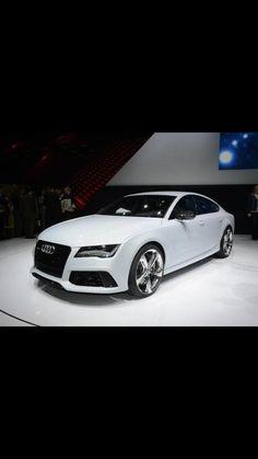 Audi. I want I want!!  http://www.style-for-cars.de/index.php/Auto-Fussmatten/Audi-Fussmatten/Audi-A1-Fussmatten/Audi-A1-Fussmatten-08.10-3-tuerig.html