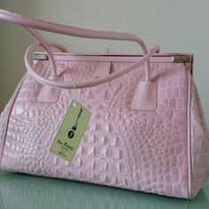 """Due Fratelli Crocodile Leather Sholder Handbag Absolutely gorgeous bag in baby pink color, feminine and stylish, 100 % authentic from Due Fratelli and 100 % leather. Can be wear with almost everything,  top metal closure,  lining zippered pocket inside dimensions 10"""" x 13"""" x 5"""" strap drop 9"""" made in Canada Due Fratelli  Bags Satchels"""