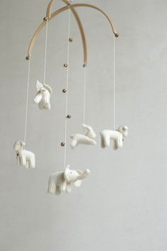 Hey, I found this really awesome Etsy listing at https://www.etsy.com/au/listing/226450624/sale-10-baby-mobile-white-animals-mobile