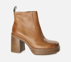 tan boots - brown boots - >/<?