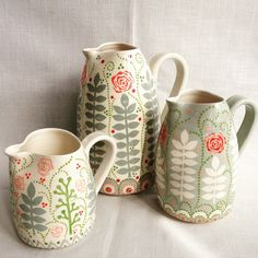 These Rose garden jugs by Katrin Moye are now in the gift shop at Waddesdon manor (I don;Dots with dropper Pottery Painting, Ceramic Painting, Ceramic Art, Ceramic Plates, Ceramic Pottery, Keramik Design, Motifs Textiles, Tadelakt, Sgraffito