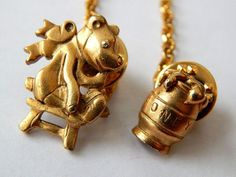 """Vintage Gold CHATELAINE Rhinestone Eye BEAR & Honey Figural Brooch Signed AMY #Amy (how funny it's signed """"amy"""")"""