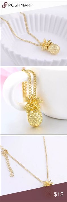 ✨PINEAPPLE NECKLACE✨ Brand new pineapple pendant necklace. Jewelry Necklaces