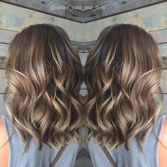 35 Balayage Hair Color Ideas for Brunettes in The French hair coloring technique: Balayage. These 35 balayage hair color ideas for brunettes in 2019 allow to achieve a more natural and modern eff. Brown Balayage, Hair Color Balayage, Balayage Highlights, Caramel Highlights, Balayage Brunette, Brunette Color, Ombre Hair, Color Highlights, Bayalage Light Brown Hair