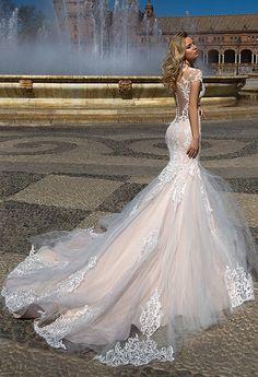 Featured Wedding Dress:Oksana Mukha;www.oksana-mukha.com/; Wedding dress idea.