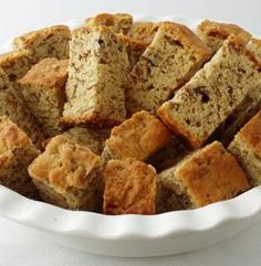 All Bran Beskuit (Rusks) using Kellogs All bran and buttermilk. I grew up with these rusks and their delish! South African Dishes, South African Recipes, Africa Recipes, Köstliche Desserts, Delicious Desserts, Yummy Snacks, Kos, Buttermilk Rusks, Ma Baker