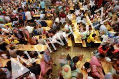 Las mesas auténticas de las Oktoberfest son de Alpinholz