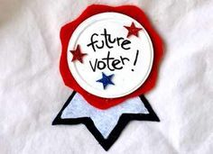 Kids' Crafts: Election Day - Future Voter Button - Make one with your little voter tonight to wear tomorrow! Preschool Crafts, Fun Crafts, Crafts For Kids, Family Crafts, Preschool Ideas, Election Day, Presidential Election, Teaching Election, Teaching Government