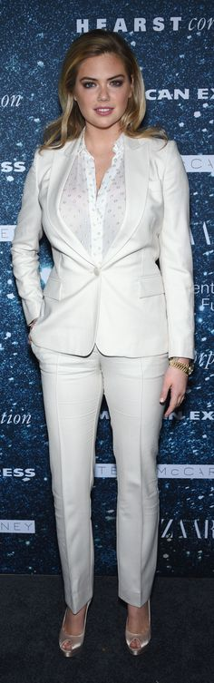 Kate Upton shows us how to wear our Winter whites.