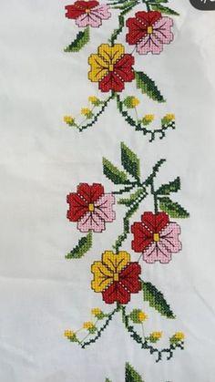 The most beautiful cross-stitch pattern - Knitting, Crochet Love Cross Stitch Letters, Cross Stitch Borders, Modern Cross Stitch, Cross Stitch Flowers, Cross Stitch Designs, Cross Stitching, Stitch Patterns, Disney Cute, Christmas Cross