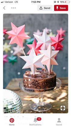DIY bright paper stars perfect for cake toppers or party decorations Holiday Cakes, Holiday Parties, Diy Party Dekoration, Star Cakes, Paper Stars, Eat Cake, Cake Toppers, Party Time, Cupcake Cakes