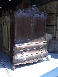 18e en 19e eeuwse antieke meubels bij Het Inboedelhuis in Gouda