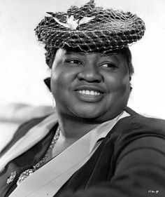 Black Excellence In History: Hattie McDaniel--love her and that hat!