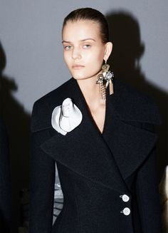 Celine A/W 2014/2015 Look 3 Wide lapels, tailored waist.