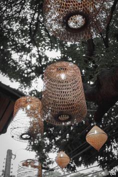 #โคมไฟไม้ไผ่ #สุ่มสานโคมไฟ #โคมไฟซาฮ้อ #ไม้ไผ่สาน #โคมไฟจักสาน #ตกแต่งร้านอาหาร #อาหารไทย #bamboolight #bamboolampshade #bamboolamp #hanginglight #ethniclight #thaithai #bamboo #rattan #weave #wovenbamboo #hangingbamboo #homeideas #lightingideas #homedesign Bamboo Lamp