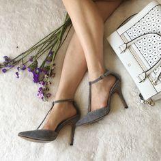 {charles david} grey pebbled t strap heels Sooo cute and comfortable. More details pending. Charles David Shoes Heels