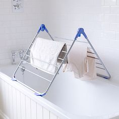 Lakeland Over Bath Indoor Clothes Airer Deluxe for sale Home Organisation, Laundry Room Organization, Indoor Airers, Laundry Supplies, Clothes Drying Racks, Gold Wood, Konmari, Tidy Up, Clothes Horse