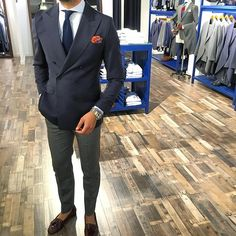 agens86: DB suit by silbon #silbon #casual #valencia #doublebreasted #ootd #picoftheday #photooftheday #instamood #classic #instafashion #blazer #dapper #dandy #elegance #instastyle #style #styles #stylish #streetwear #streetstyle #streetfashion #menstyle #menswear #mensstyle #mensfashion #elegant #lookbook #menwithstyle #moda #fashion (en Valencia)