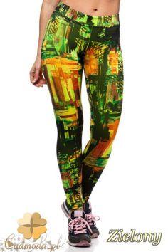 Elastyczne sportowe legginsy typu fitness marki Paulo Connerti.  #cudmoda #moda #ubrania #odzież #clothes #leggings #legginsy #leginsy #styl #glamour #fit