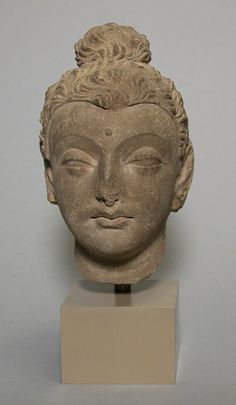 Head of Buddha [Pakistan, ancient region of Gandhara] (13.96.4) | Heilbrunn Timeline of Art History | The Metropolitan Museum of Art