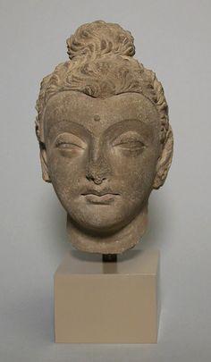 Head of Buddha [Pakistan, ancient region of Gandhara] (13.96.4) | Heilbrunn Timeline of Art History | The Metropolitan Museum of Art