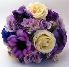 purple/white bouquet