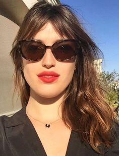 Jeanne Damas red lip