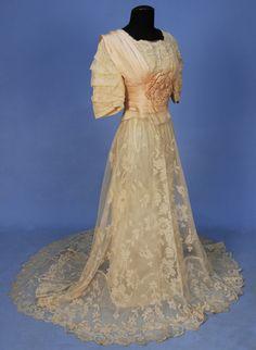 1906 Dress via Whitaker Auctions.