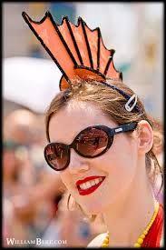 New York City, 2008 Mermaid Parade - Fish Head Beauty Sea Creature Costume, Sea Costume, Animal Halloween Costumes, Diy Costumes, Costume Ideas, Halloween 2018, Halloween Cosplay, Mermaid Under The Sea, The Little Mermaid