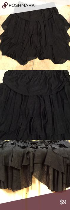 Black skirt, by Sassy bling, sz Med-NWOT-So Sexy Sassy Bling, sz Med black skirt, hangs in asymetryical lengths❗️So Sexy, New w/o tags Sassy bling Skirts Midi