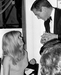 Brígítte Bardot and Paul Newman at the 22 December 1965 reception celebrating the Hollywood premiere of the Louís Mâlle film 'Víva María!'