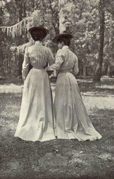 1901 May, Les Modes Paris - La Parisienne au Bois