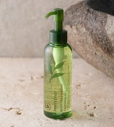 INNISFREE Green tea moisture cleansing oil - Rich & deep-hydrating cleansing oil containing freshly squeezed Jeju green tea