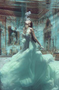 Valentina Lobeira photographed by Jvdas Berra