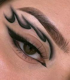 Makeup Eye Looks, Eye Makeup Art, Dark Makeup, Glam Makeup, Makeup Inspo, Makeup Inspiration, Girls Makeup, Makeup Themes, Creative Eye Makeup