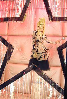 www.minkibalinki.com window display at Harvey Nichols..
